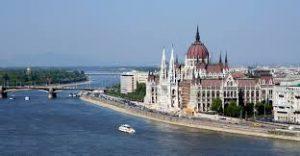 Van valami furcsa és megmagyarázhatatlan Budapest utcáin